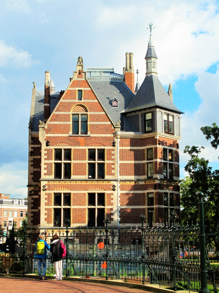 A freestanding building in Amsterdam